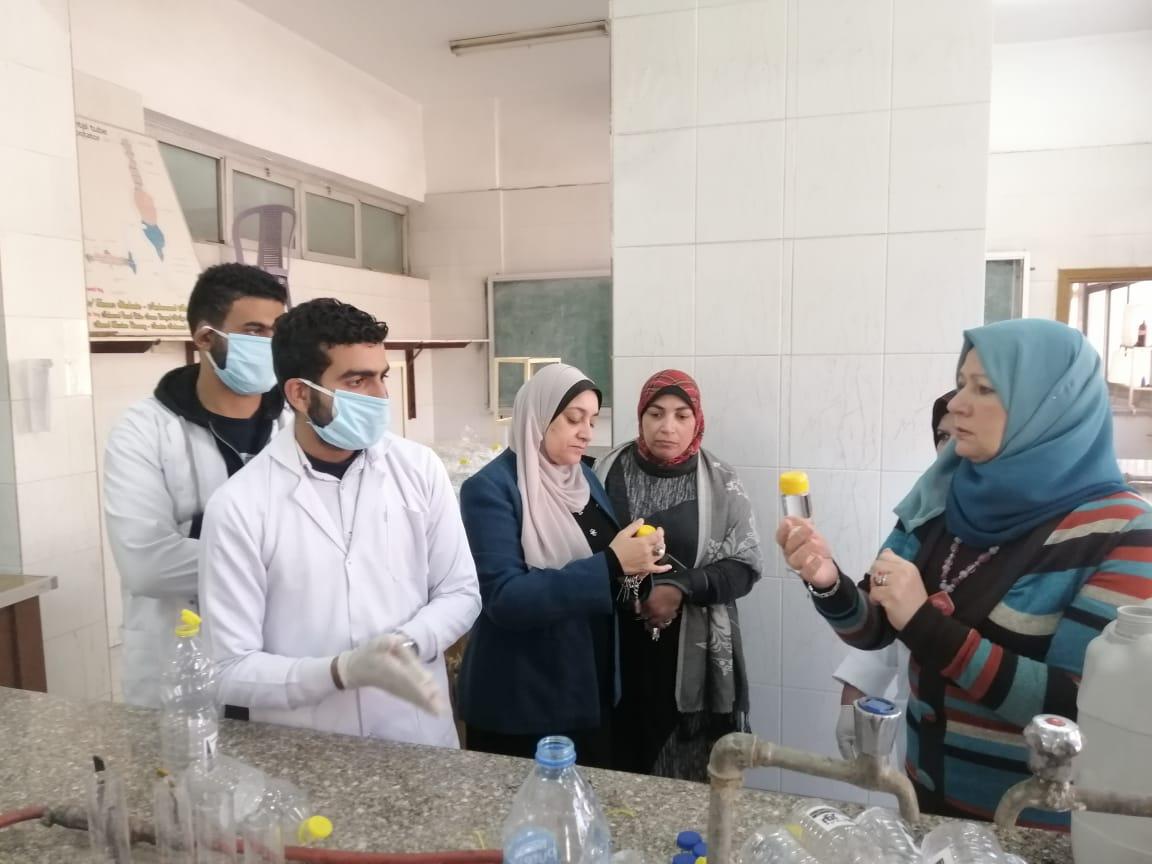 مبادرة طلاب كلية الصيدلة التوعوية عن أعراض الاصابة بفيروس كورونا وطرق الوقاية منه