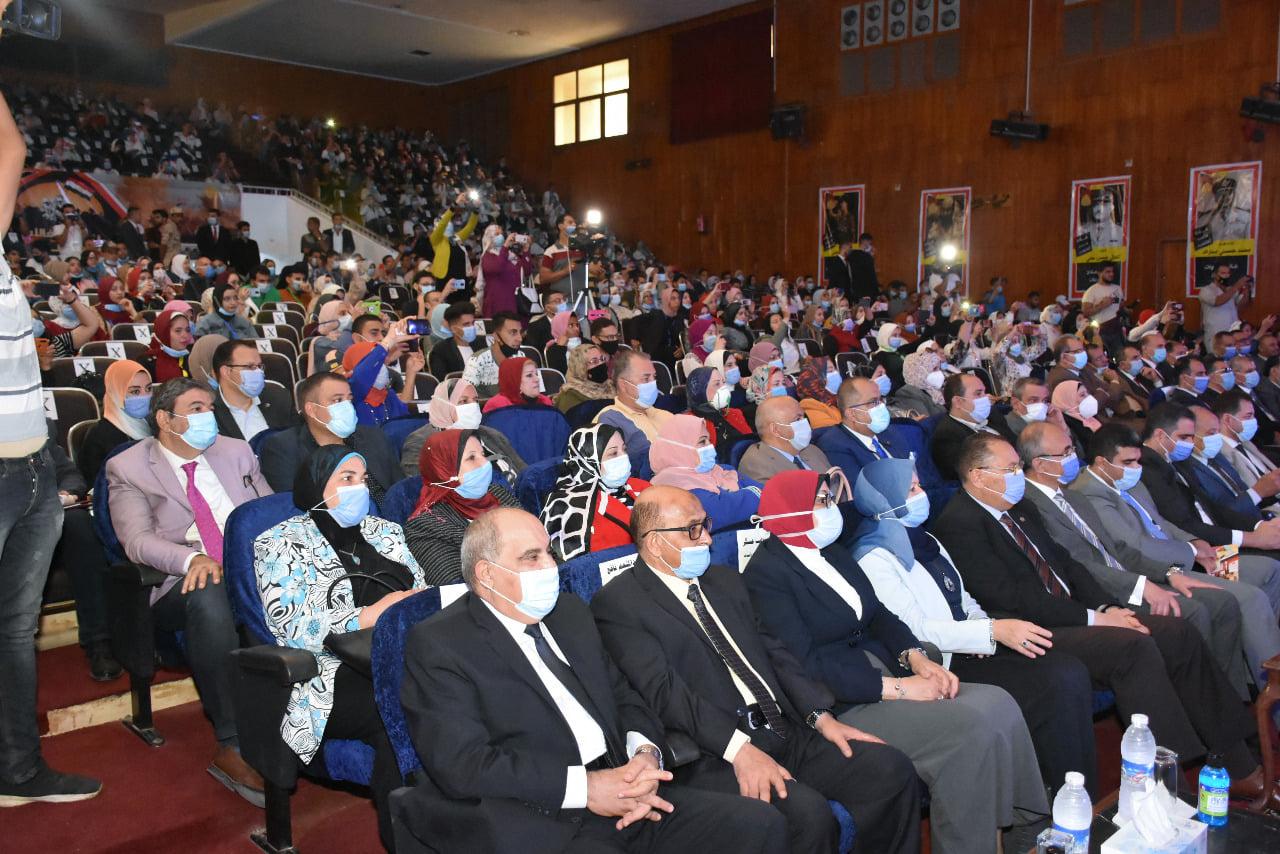 جامعة_الزقازيق تحتفل بالذكري السابعة والأربعون لانتصارات أكتوبر المجيدة.