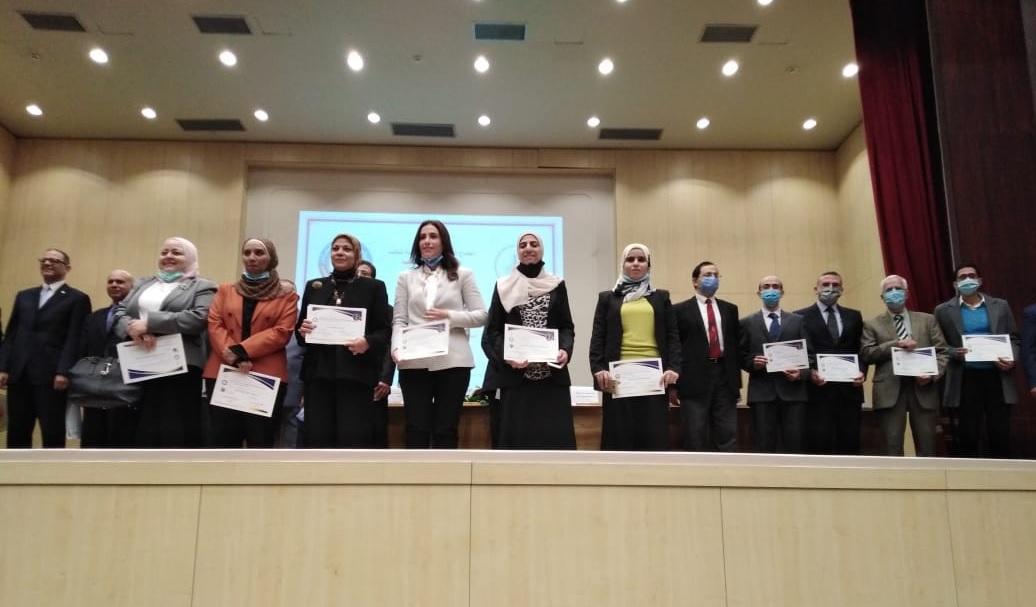 تكريم المهندسة /  سارة خليل محمد ابراهيم
