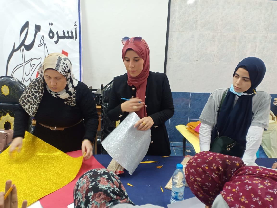 فعاليات مشاركة كلية التربية للطفولة المبكرة الفوج الثانى بمعسكر اعداد القادة الخامس ( طلاب من أجل البناء والتعمير )