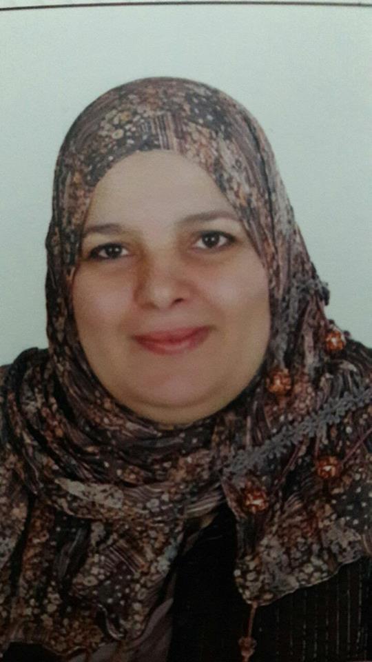 تهنئ الأستاذة الدكتورة / نادية محمد طه ووكلاء الكلية على ظهور نتيجة الدراسات العليا  ( الماجستير للفصل الدراسى الثانى  )