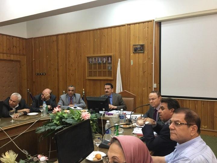 زيارة لجنة قطاع الدراسات التجارية بالمجلس الأعلى للجامعات